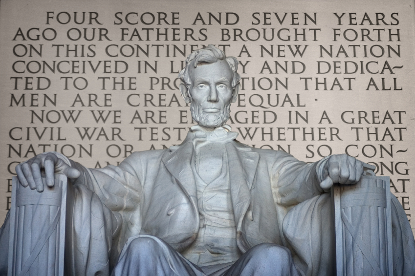 16_31_46_366_lincoln_and_gettysburg_address_000005340438_small